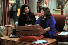 """Melissa McCarthy and Katy Mixon in Mike & Molly from """"Mike Likes Briefs"""""""