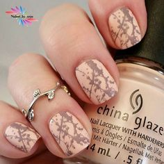 """So cute!!! .  Regrann from @nailart_by_anja -  ChinaGlaze """"Sand In My Mistletoes"""" stamped with Lina plate Make Your Mark 01 from @nail_artisan_by_alex .  #linanailartsupplies #stampingnailart#stampingaddict #nailart #naildesign#nailpromote #nailstamping #stampednails #nailswag #nailitdaily#stampingplates #nailprodigy #StampingPlates"""