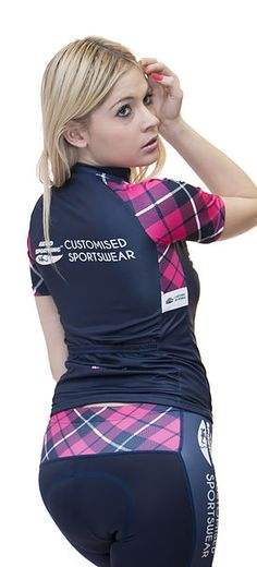 fabrication de vêtements sportifs personnalisés dans le cyclisme, triathlon, roller, accessoires, sportswear. maillot, cuissard, vélo