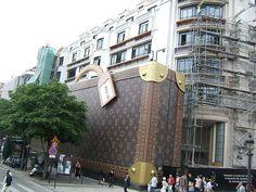 Oh hello Louis Vuitton!