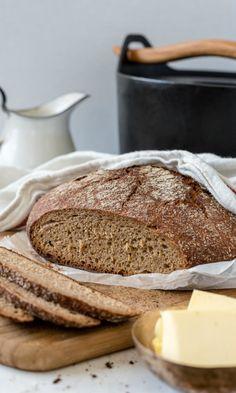 Pataruisleipä | Maku Rye Bread Recipes, No Salt Recipes, Wine Recipes, Cooking Recipes, Finnish Rye Bread Recipe, Finnish Recipes, Savory Pastry, Savoury Baking, Bread Baking
