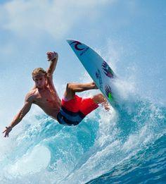 Mick Fanning / surfer, surfing
