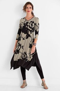 Spring 2016- Jersey dress from Comfy USA beautifully illustrates the bold floral trend for the season.  Pair the dress with a legging seen here, or wear it with and elegant sandal and modern accessories to a wedding.
