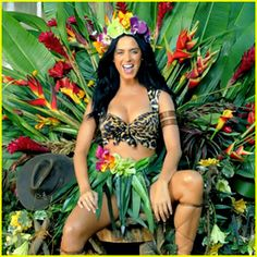 "THIS IS MY COSTUME!!!!!!! I will wild curl my hair in a spiral fro! (i will wear a long top, no need to show my tum tum)  Katy Perry Wearing Jungle Outfit<3. ""Roar"" Music Video"