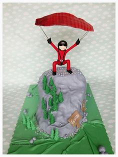 paraglider cake - Cake by Hokus Pokus Cakes- Patrycja Cichowlas Army Birthday Cakes, Army's Birthday, Birthday Parties, Retirement Party Themes, 50th Cake, Paragliding, Skydiving, Fancy Cakes, Sweet Life