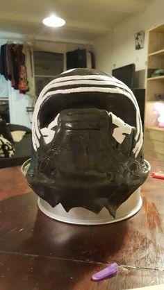 Kylo Ren cake star wars