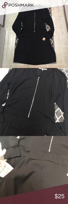NWT Rachel Roy Black Silver Zipper Dress Size L So cute and casual! Pair with booties for the perfect look. Pockets! Drawstring back to give more shape. So flattering. Tag is ripped in half RACHEL Rachel Roy Dresses