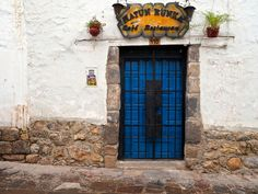 3 days in Cusco: including the best things to see and do in Cusco! Also, where to find vegetarian food in cusco, what to miss, and where to buy...