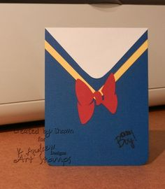 Donald Duck Handmade Birthday Card | Any Disney fan will love this DIY card idea!