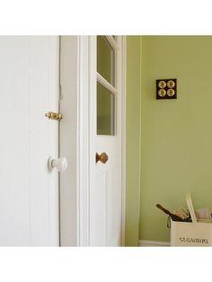 The Little Greene Paint Company Intelligent Eggshell, Neutral Whites, Slaked Lime (105), 1L