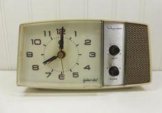 Vintage Ingraham Electric Alarm Clock with Lighted by naturegirl22