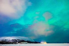 The Best Place to See Northern Lights in Norway Is Actually in Sweden - Heart My Backpack Northern Lights Trips, Northern Lights Norway, See The Northern Lights, Travel Light, Aurora Borealis, Where To Go, Finland, Places To See, Sweden