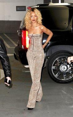 love this pantsuit! Best Of Rihanna, Rihanna Looks, Rihanna Riri, Rihanna Style, Rihanna Outfits, Jenifer Lawrence, Christina Milian, Girls Night Out, Fashion Killa