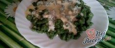 Recept Špenátové halušky se sýrovou omáčkou Thing 1, Asparagus, Advent, Food And Drink, Vegetables, Studs, Vegetable Recipes, Veggies