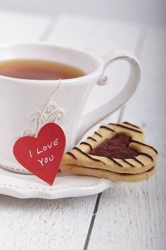 How to win over a girl? Make her tea with cookies. Am I right? :)