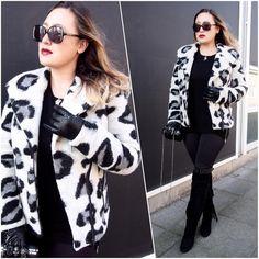 Blogger Iraida wearing BELLA COAT GREY LEO