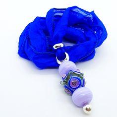 """Pfauenauge"" Unikat-Glasperlen Anhänger auf Reinseide Pendants, Personalized Items, Glass Beads, Silk, Blue, Pendant, Charms"