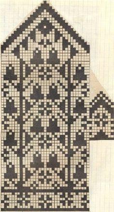 "A pinner says, ""Картинка~ Love the acorns ! Knitting Charts, Knitting Socks, Knitting Stitches, Hand Knitting, Knitting Patterns, Knitted Mittens Pattern, Crochet Mittens, Knitted Gloves, Wrist Warmers"