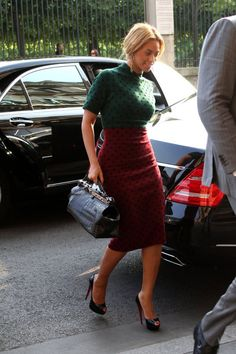 Beyonce in colorblock polka dots stars #fashion style