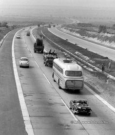 1972. szeptember 5. Megépült az M7-es út második pályája Budapest és Martonvásár között. Az új utat szeptember 8-án adják át a forgalomnak. Az M7-es autópálya