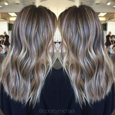 """""""Dimensional Blonde... #balayage #olaplex #hairtrends #ombre #colormelt #sombre #hairpainting #sunkissedhair #highlights #ombrehair #haircolor #babylights…"""""""