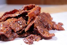 Smoked Pig candy is nothing new but it does take things up about 5000 notches when you make it in the smoker. You'll love this pig candy with bourbon. Smoked Meat Recipes, Rub Recipes, Wing Recipes, Pork Recipes, Smoked Chicken, Smoked Bacon, Pig Candy, Brown Sugar Bacon, Candied Bacon