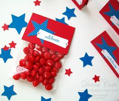 The Secret Life of Paper: Fourth of July Treat Bags and Toppers Party Gift Bags, Party Gifts, Party Favors, Patriotic Crafts, Craft Bags, Veterans Day, Thank You Gifts, Fourth Of July, Little Gifts