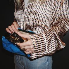 follow me on instagram :@movie.music.fashion