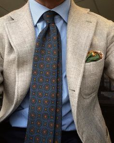 cezinho78: Good morning to all my Instagram friends. Back on duty with the best among Naples tailoring. La Vera jacket, EG Cappelli tie & Rubinacci pocket square.