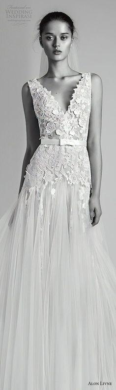 alon livne 2018 bridal sleeveless v neck heavily embellished bodice tulle skirt romanitc a line wedding dress (1) lv -- Alon Livné White 2018 Wedding Dresses