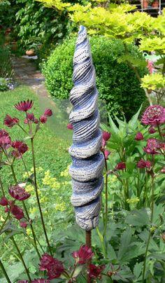 """Gartendekoration - Gartenstecker """"Spitze"""" gedreht - ein Designerstück von Brigitte_Peglow bei DaWanda"""