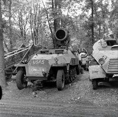 """Captured by Americans Sdkfz. 251/20 Ausf. D """"Uhu"""" mit Infrarot-Nachtsichgerät"""