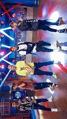 on tt. James Arthur, Ricky Martin, Little Mix, Latin Artists, Reaction Pictures, Homescreen, Cute Guys, Celebrity Crush, Boy Bands