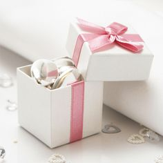 Rose Wedding Favour Boxes - 10 Pack