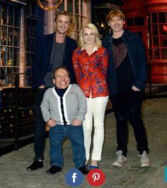 Tom Felton (Draco Malfoy), Evanna Lynch (Luna Lovegood), Rupert Grint (Ron Weasley) and Warwick Davis (Filius Flitwick).