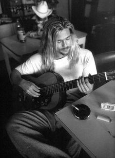 I miss the 90's grunge Brad Pitt