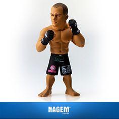 Vai acompanhar Junior Cigano x Cain Velasquez amanhã? Aproveita e leva pra sua coleção os bonecos #UFC.