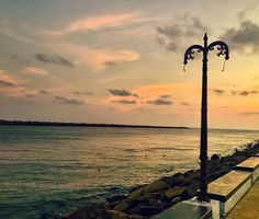 The most beautiful setting for an evening walk! Evening Sunset, Ture Love, Daily Photo, Incredible India, Life Is Beautiful, Sea, Instagram Posts, Travel, Outdoor