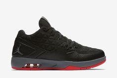 Jordan Clutch Men's Shoe: Black/Cool Grey/Infrared 23