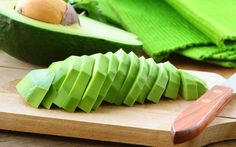 Yes, It's OK To Eat Before Yoga! 5 Foods To Enjoy
