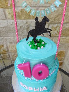 Fondant name, and cut out paper horse. Horse Theme Birthday Party, 10 Birthday Cake, Horse Party, Cowgirl Birthday, Birthday Fun, Backyard Birthday Parties, 10th Birthday Parties, Western Cakes, Horse Cake