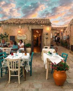 Tag who you'd take here👇 - Beautiful restaurant located in Sicilia, Italy. Oh The Places You'll Go, Places To Travel, Places To Visit, Travel Destinations, Italian Village, Sicily Italy, Puglia Italy, Tuscany Italy, Italy Map
