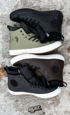 The Converse 'CTAS II Hi' was remastered with a durable, premium and waterproof outskin in 4 gallant colourways and a Nike Lunarlon insole that delivers long-lasting comfort as well as a rugged rubber outsole for better grip and traction. This Boot will keep you warm and dry and help you to get to your destination in the classic Converse style.