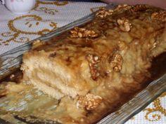 Esta torta também é uma das presenças obrigatórias na mesa da Páscoa:-) Muito boa para quem gosta de café… Para a torta: 4 ovos 125 gr de farinha sem fermento 125 gr de açúcar Para o creme: 1…