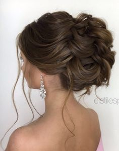 Elstile wedding hairstyles for long hair 59 - Deer Pearl Flowers / http://www.deerpearlflowers.com/wedding-hairstyle-inspiration/elstile-wedding-hairstyles-for-long-hair-59/