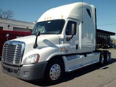Specifications for the 2012 Freightliner Cascadia®