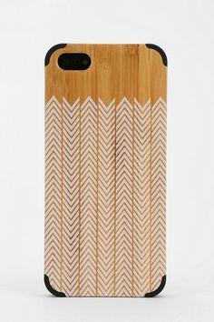 Painted Wood iPhone 5 Case #urbanoutfitters I love wooden cases !! So rustic chic!!