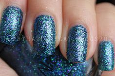 Nicole by OPI Kardashian Collection in Kendall on the Katwalk