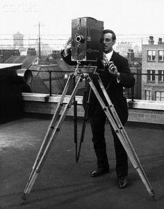 Thomas Edison Movie Camera - about camera