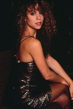 The 5 octaves that sold millions. Mariah Carey 1990, Debut Album, Big Hair, Actors & Actresses, Beautiful People, Beautiful Females, Curly Hair Styles, Photoshoot, Lady